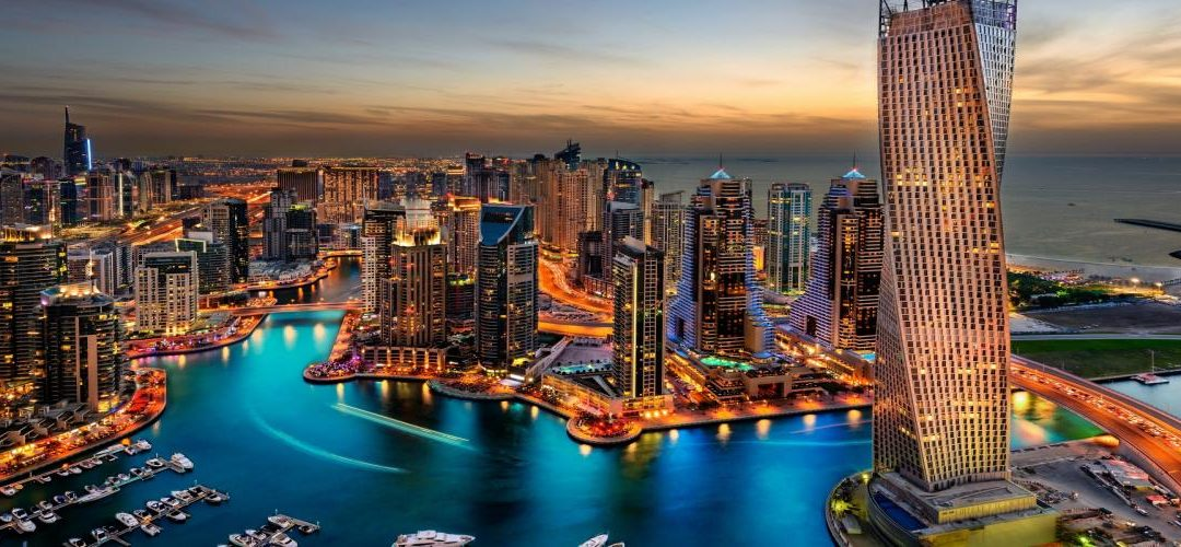 DUBAI SCOPRE L'E-COMMERCE E PARTE IN QUINTA