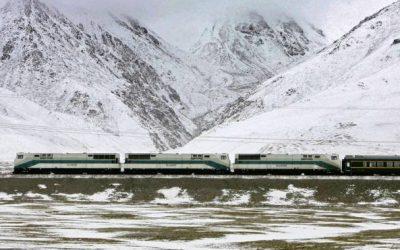 La ferrovia che passa sotto l'Everest: ecco il nuovo treno dalla Cina al Nepal