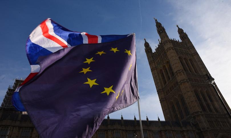 BREXIT: POSTICIPATI I CONTROLLI SULLE IMPORTAZIONI DALL'UE
